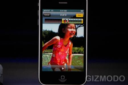 Apple iPhone 3GS showing video