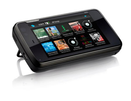 Nokia N900 showing media player
