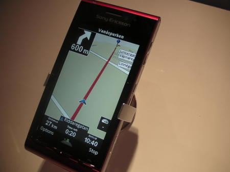 Sony Ericsson Satio showing GPS navigation