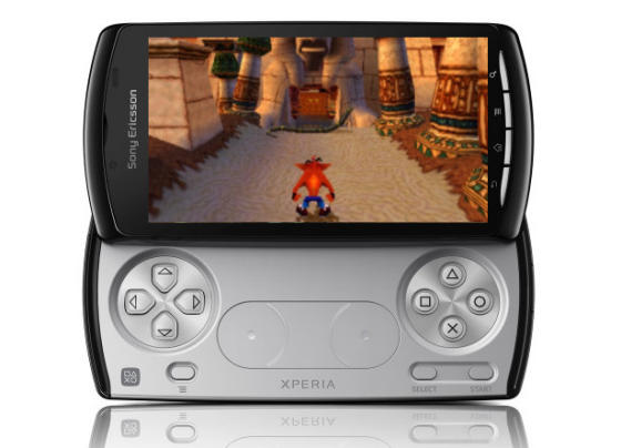 Sony Ericsson Xperia Play and Crash Bandicoot