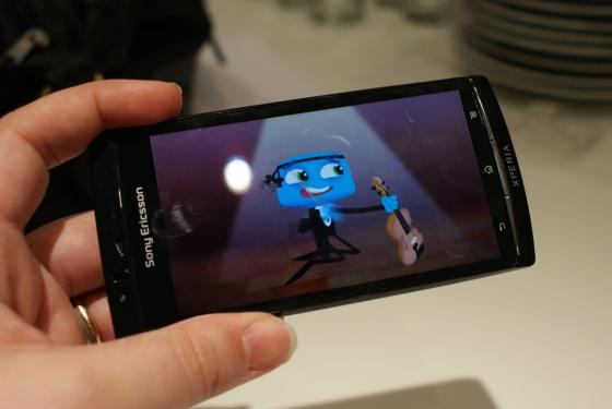 Sony Ericsson Xperia Arc showing video