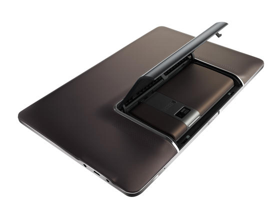 Asus Padfone dock with smartphone