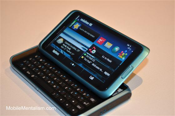 Nokia E7 review - showing QWERTY keyboard